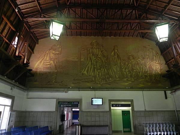 Ávila Train Station (1).JPG