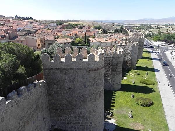 Las Murallas de Ávila (14).JPG