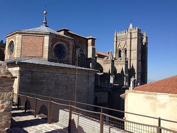 Las Murallas de Ávila (17).JPG