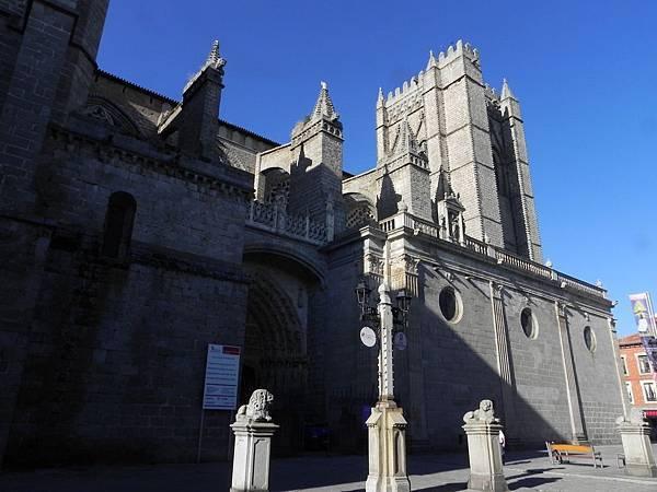 Catedral del Salvador de Ávila (1).JPG