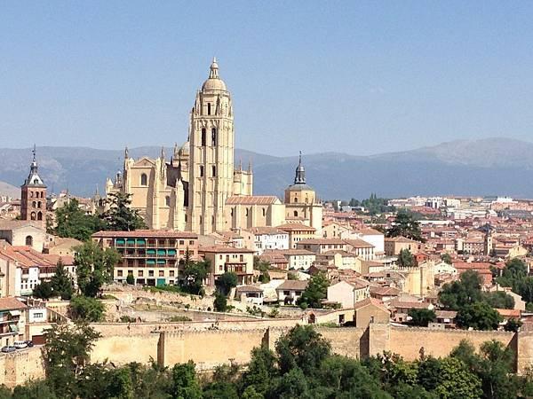 Cathedral of Segovia (2).JPG