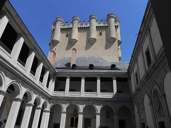 Alcázar de Segovia (18).JPG