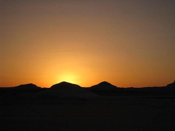 Overnight at The White Desert (5).JPG