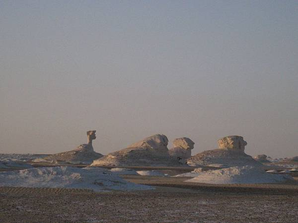 Overnight at The White Desert (9).JPG
