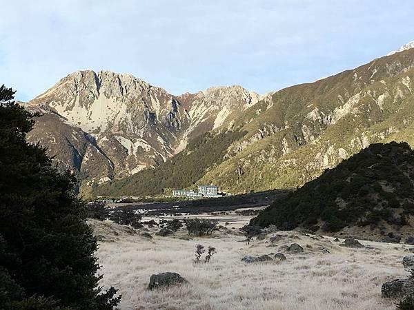 Hooker Valley Track (68).JPG