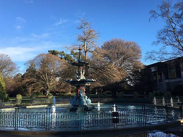 Christchurch Botanic Gardens (3).JPG