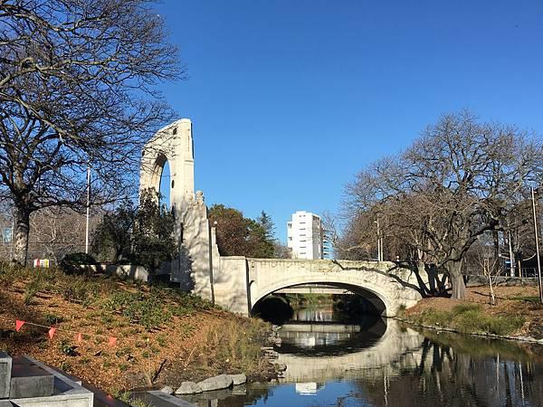 Bridge of Remembrance (5).JPG