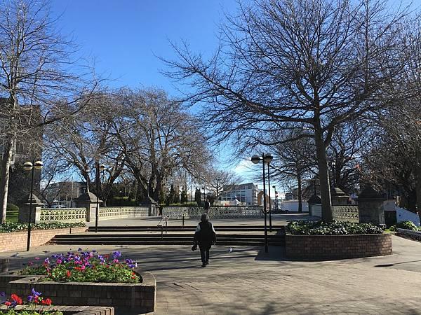 Victoria Square (10).JPG