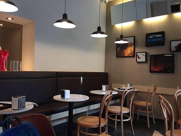 365 Cafe (2).JPG