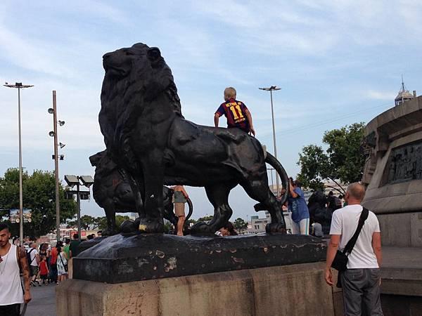 Monumento a Colom (2).JPG