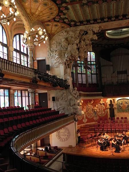 Palau de la Música Catalana (37).JPG