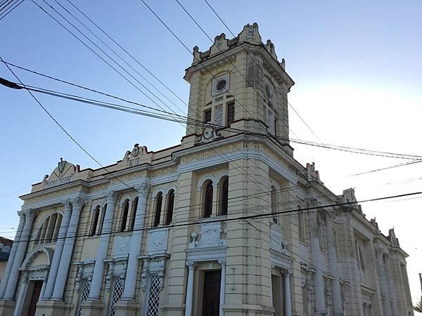 Biblioteca Policarpo Pineda Rustán (3).JPG