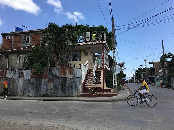 前往Plaza la Revolucion (15).JPG