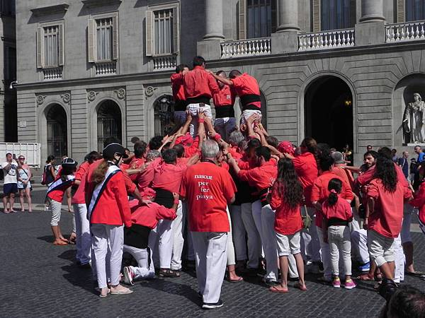 Plaça de Sant Jaume (5).JPG