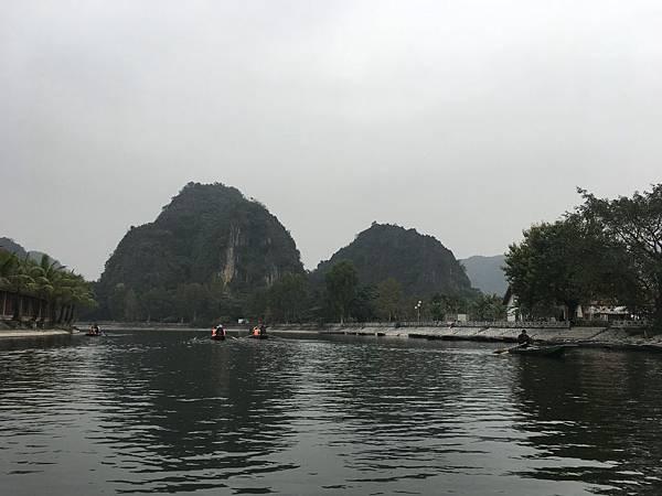 Boat Tour (5).JPG
