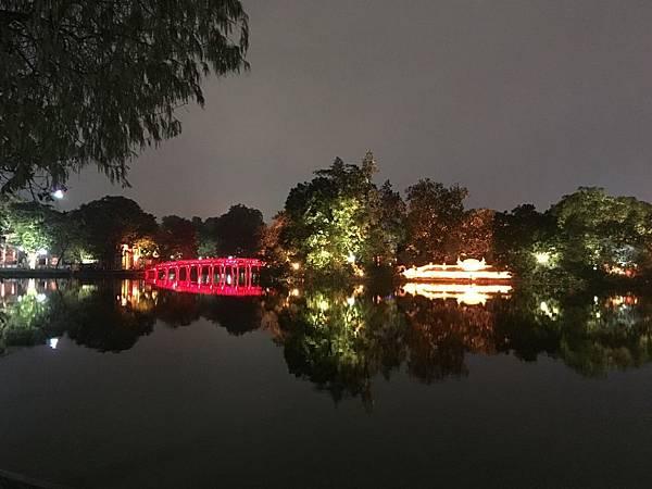 還劍湖夜景 (1).JPG