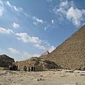 Giza Pyramids (7).jpg
