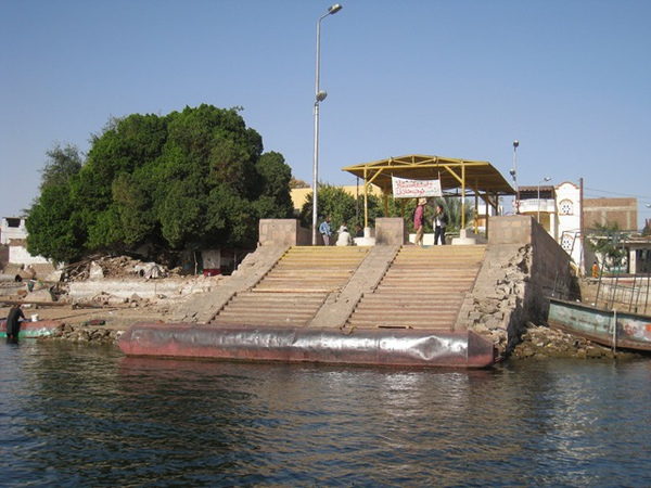 26227800:Egpyt 104 亞斯文(Aswan)與象島(Elephantine Island)的公共渡船站(Public Ferry Station)