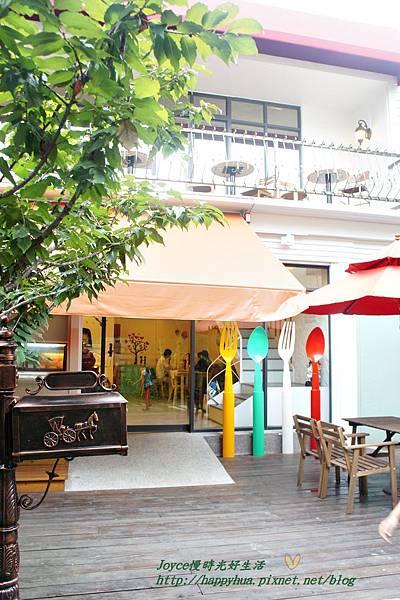 1415666597 3571980919 n - [台中早午餐]西區∥莎莎莉朵(Sausalito Café):隱身巷弄內的鐵鑄鍋精緻早午餐,近美術館綠園道的老房子改造餐廳