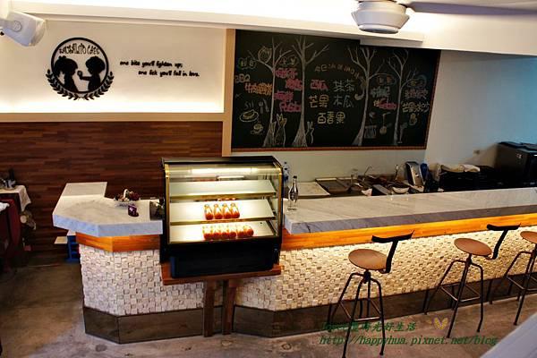 1415667281 1553866942 n - [台中早午餐]西區∥莎莎莉朵(Sausalito Café):隱身巷弄內的鐵鑄鍋精緻早午餐,近美術館綠園道的老房子改造餐廳