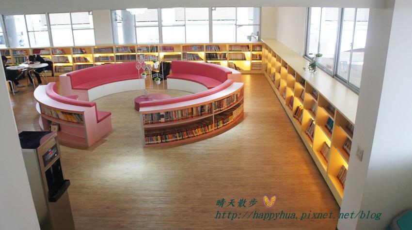 1428514943 2778186724 - 豐原區圖書館~美麗溫馨的豐原圖書館,親子共讀好地方,還有漫畫可以借喔!