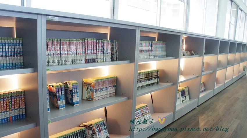 1428514957 565163311 - 豐原區圖書館~美麗溫馨的豐原圖書館,親子共讀好地方,還有漫畫可以借喔!