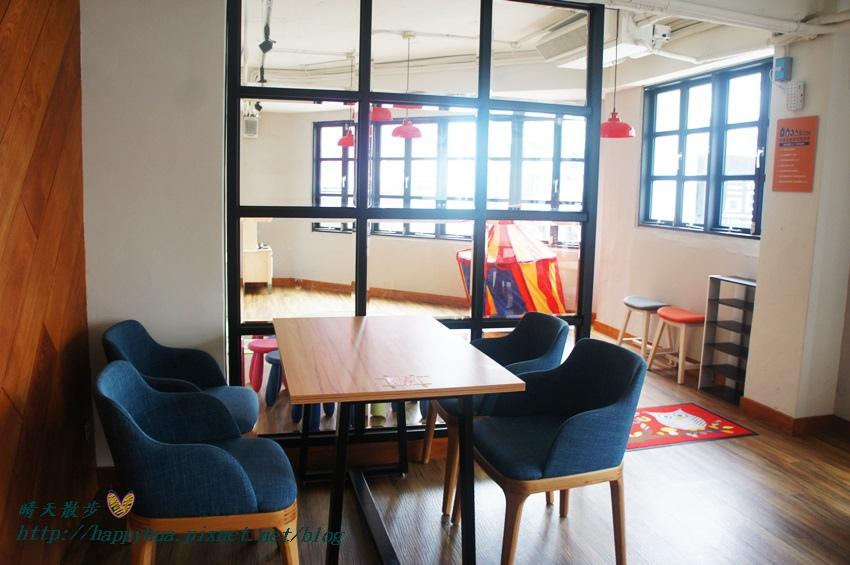 1439526437 487611636 - 這里Cafe & Restaurant~寬敞舒適義式輕食餐廳,也是親子友善餐廳,二樓有寬敞的兒童遊戲區喔
