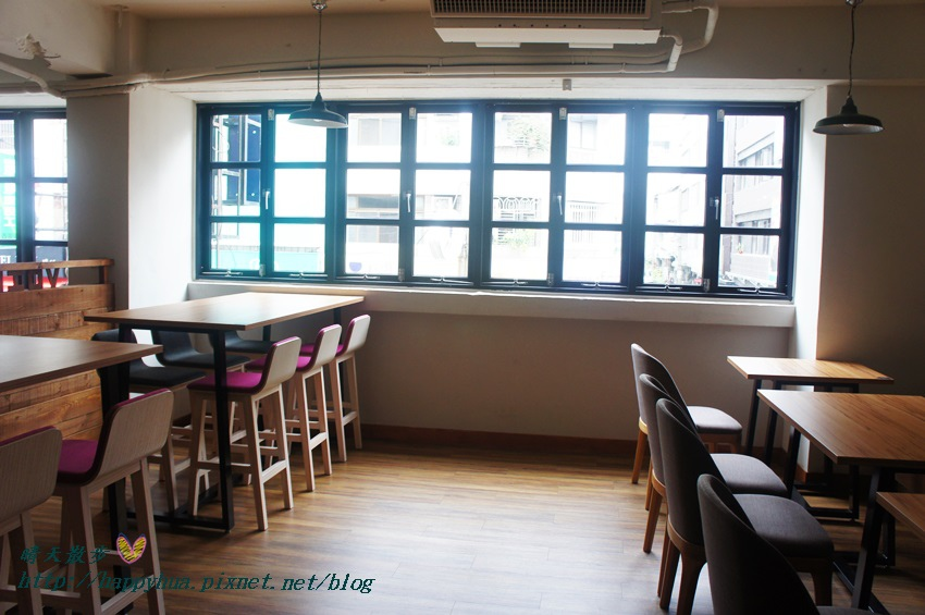 1439526447 1862252881 - 這里Cafe & Restaurant~寬敞舒適義式輕食餐廳,也是親子友善餐廳,二樓有寬敞的兒童遊戲區喔