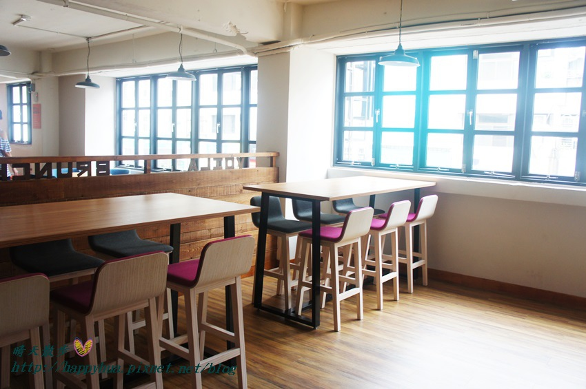 1439526451 2212910808 - 這里Cafe & Restaurant~寬敞舒適義式輕食餐廳,也是親子友善餐廳,二樓有寬敞的兒童遊戲區喔