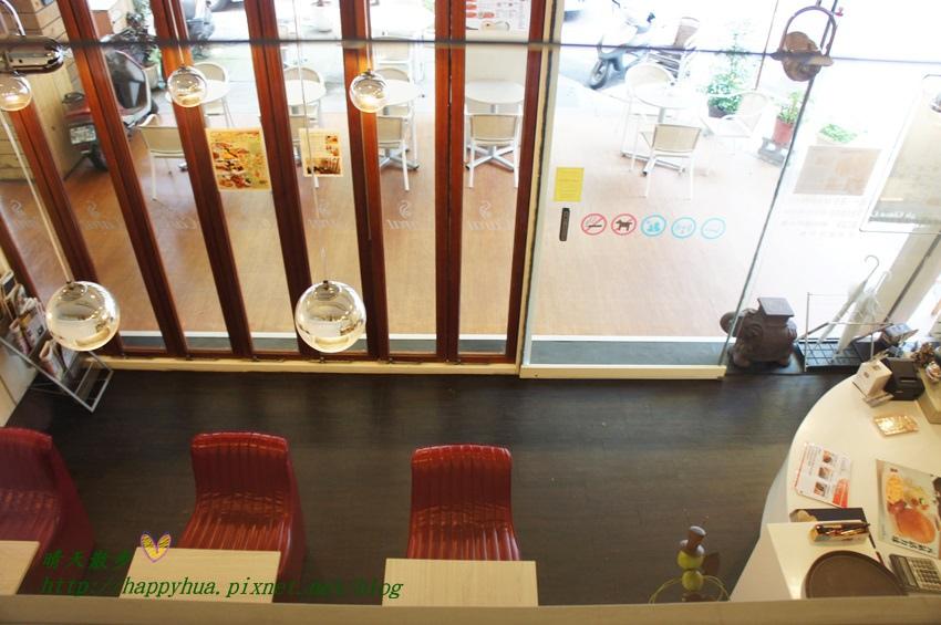 1440920002 105317687 - [台中早午餐]北區∥克拉朵Carat Café:科博館附近的清爽早午餐 座位不多 附wifi和插座 平日提供商業簡餐