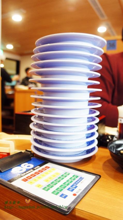 1456816040 266280898 - [台中美食]西區∥藏壽司くら寿司Kura Sushi~來自日本好吃又好玩的平價迴轉壽司 台中廣三SOGO店 一皿40元 吃五盤抽扭蛋 另類親子同樂餐廳