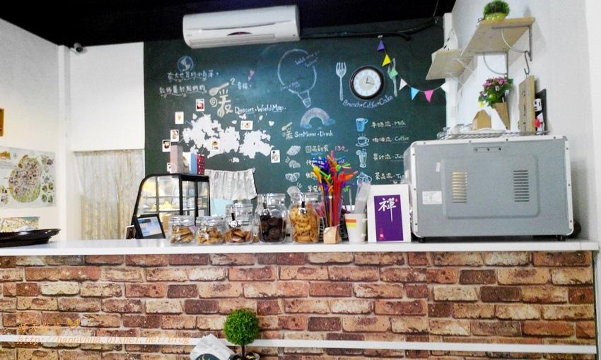 1460653157 3039397132 - [台中早午餐]豐原∥暖暖Warm2早午餐&下午茶~溫馨小店裡的平價早午餐 85元起的暖暖滿足感 還有烤餅、鬆餅、蛋糕、餅乾等手感烘焙