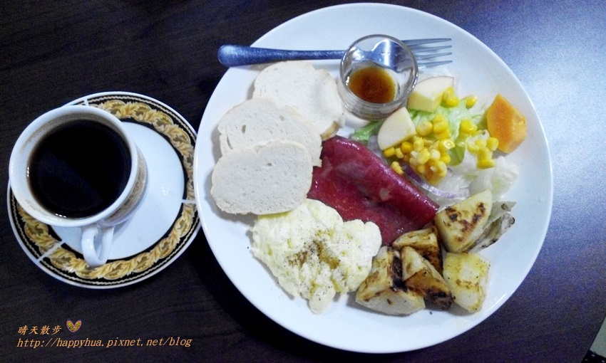 1460653172 2900669381 - [台中早午餐]豐原∥暖暖Warm2早午餐&下午茶~溫馨小店裡的平價早午餐 85元起的暖暖滿足感 還有烤餅、鬆餅、蛋糕、餅乾等手感烘焙