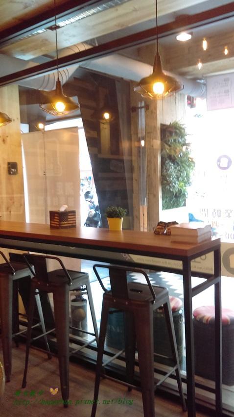 1471581330 536174239 - [台中早午餐]西區∥吐司工寓 台中金典店~韓式鐵板吐司 餡料豐富分量大 內用外帶都不錯 近金典綠園道、科博館、肉蛋吐司(已歇業)