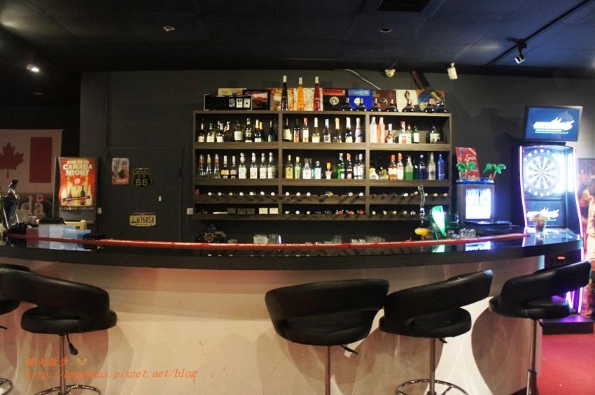 1476701467 1289944749 - 【熱血採訪】[台中美食]北區∥DK PARK X 甜在興~台中第一家賽車主題親子餐廳 日式餐點結合賽車遊戲 一中街玩安全又刺激的室內甩尾車(已歇業)
