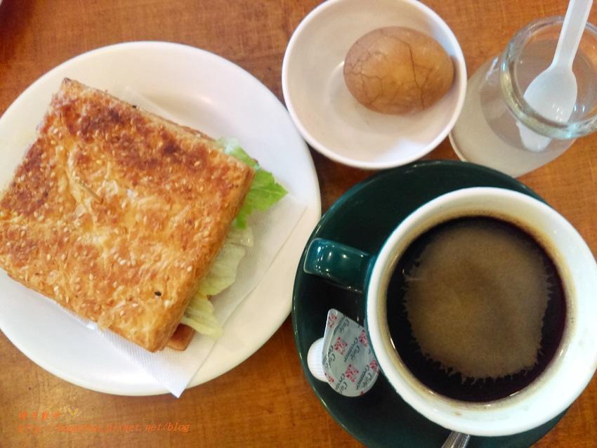 1477219466 3756486320 - [台中早午餐]西區∥磨石坊~早上七點起的銅板價超值早餐 百元有找 近台中教育大學的社區型餐廳