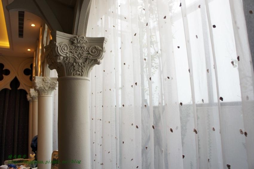 1479803860 980023764 - 【熱血採訪】芭蕾城市渡假旅店(Villa Ballet)~一房一景城堡風格飯店villa房 充滿世界風情的設計旅店(一泊二食超優惠:芭蕾經典商務房+市太郎燒肉市場)