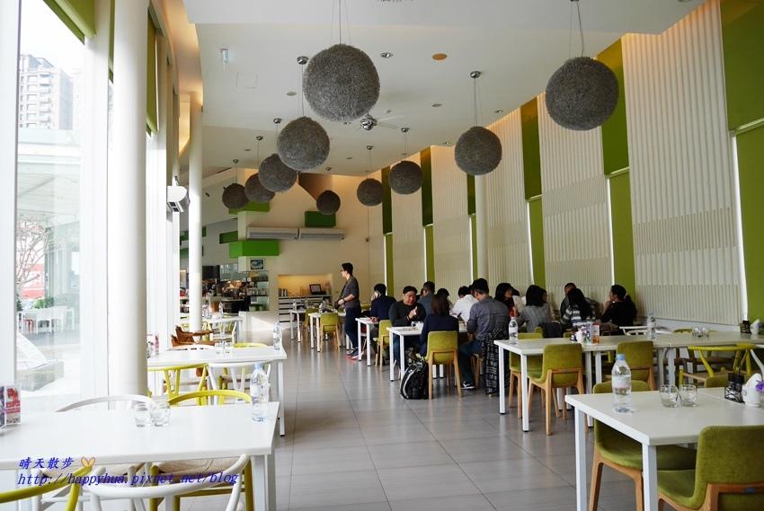 1481373011 2998873587 - 台中下午茶︱梨子咖啡館Pear Coffee中科店~寬敞優雅的親子友善餐廳 美麗豐富的下午茶 白色沙坑小孩最愛