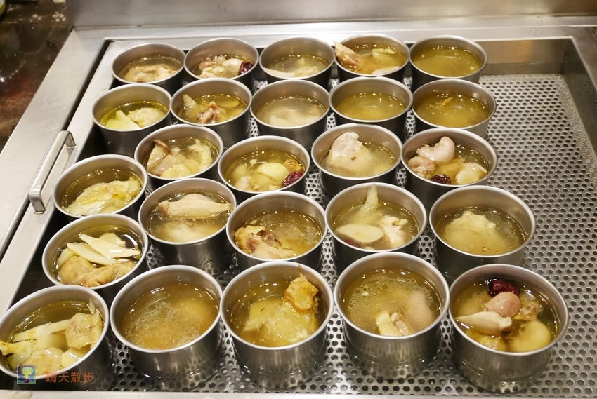 1497022425 3322371285 - 台中吃到飽︱鮮友火鍋中科二代旗艦店~火鍋吃到飽 還有豐盛的熟食、熱炒、滷味、燒烤、壽司 平日下午茶時段更優惠