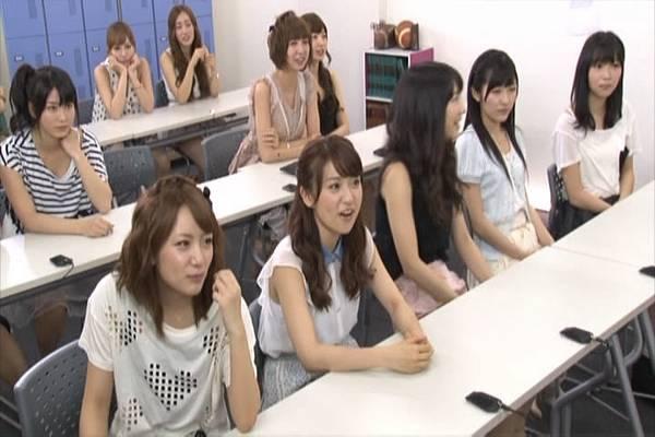 AKB48家族成員『自拍講座‧釣魚講座』.mkv_snapshot_08.16_[2012.09.01_15.48.58]