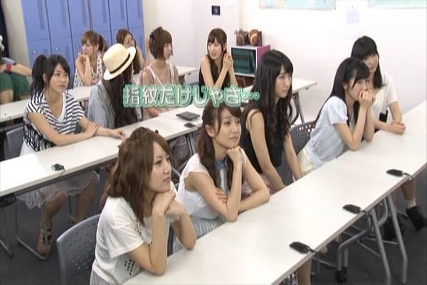 AKB48家族成員『自拍講座‧釣魚講座』.mkv_snapshot_11.32_[2012.09.01_15.55.06]