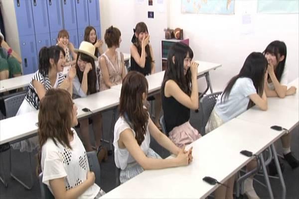 AKB48家族成員『自拍講座‧釣魚講座』.mkv_snapshot_11.42_[2012.09.01_15.55.26]