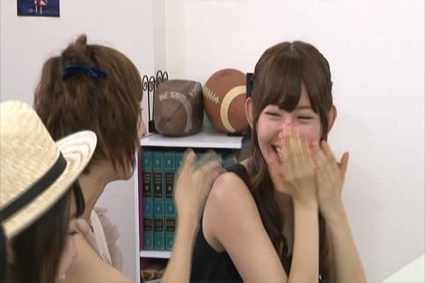 AKB48家族成員『自拍講座‧釣魚講座』.mkv_snapshot_11.54_[2012.09.01_15.55.51]