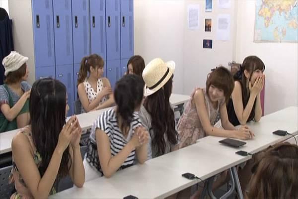 AKB48家族成員『自拍講座‧釣魚講座』.mkv_snapshot_13.09_[2012.09.01_15.57.15]