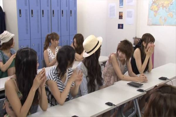AKB48家族成員『自拍講座‧釣魚講座』.mkv_snapshot_13.10_[2012.09.01_15.57.20]