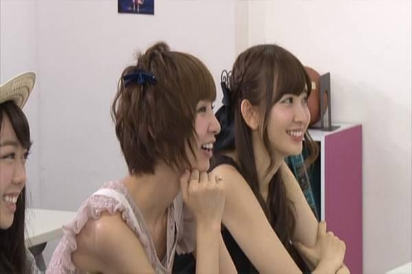 AKB48家族成員『自拍講座‧釣魚講座』.mkv_snapshot_16.05_[2012.09.01_16.02.03]