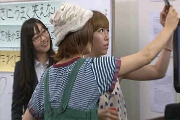 AKB48家族成員『自拍講座‧釣魚講座』.mkv_snapshot_18.36_[2012.09.01_16.03.40]