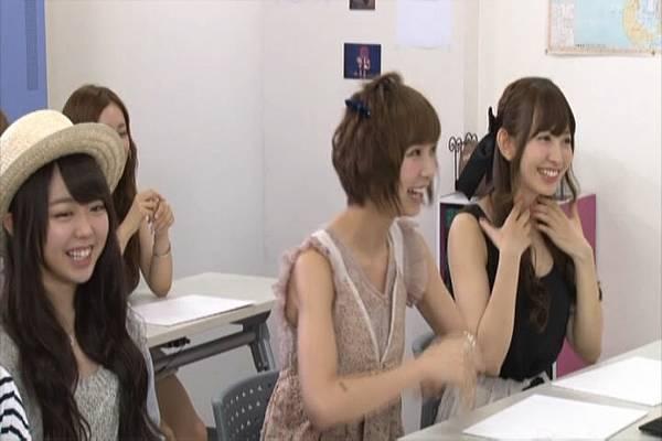 AKB48家族成員『自拍講座‧釣魚講座』.mkv_snapshot_28.09_[2012.09.01_16.31.21]
