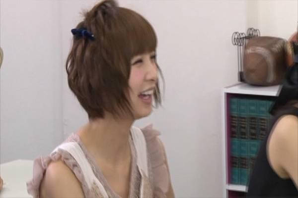 AKB48家族成員『自拍講座‧釣魚講座』.mkv_snapshot_41.52_[2012.09.01_16.49.03]