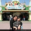 2011.02.28 香港 迪士尼樂園 (20).JPG